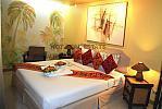 23-room-luxe-hotel-12