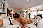 3083 living room 20120229165838